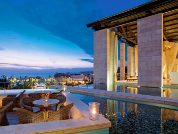 The Romanos, Costa Navarino 5*